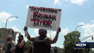Protest groups in Louisville find LMPD response problematic