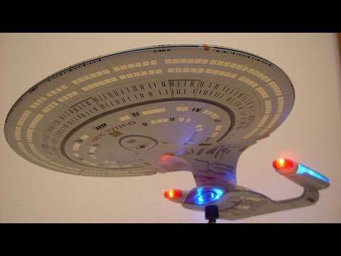 Starship Legends U.S.S. Enterprise NCC-1701-D - CollectionDX