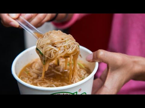 Ay-Chung Flour-Rice Noodles - LEGENDARY Taiwanese Street Food in Ximending, Taipei, Taiwan (Day 6)