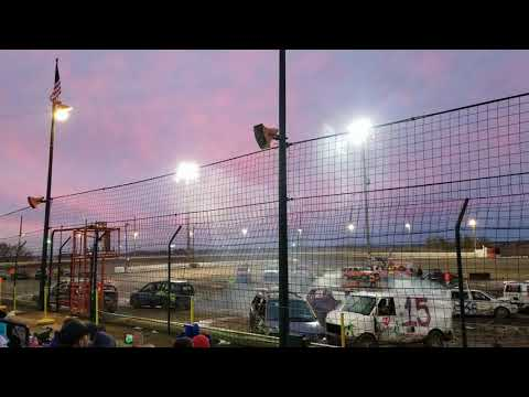 """Sycamore Speedway """"Run what you brung"""" mini-vans 2019"""
