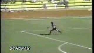 Brunelli Gol de arco a arco jugando por Fernandez Vial