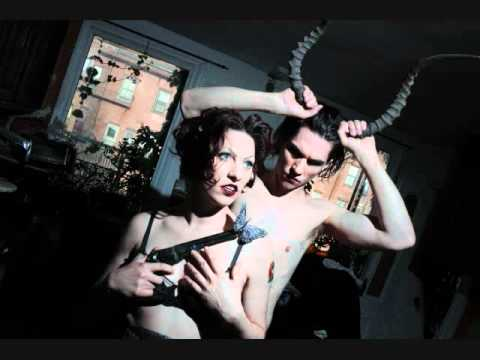 Клип The Dresden Dolls - Bank of Boston Beauty Queen