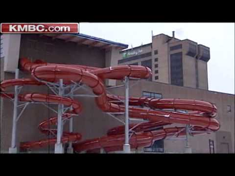 Kc Hotel Indoor Water Park Up For Auction Youtube