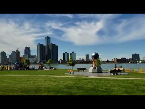 THE BEAUTY  OF WINDSOR  CANADA  RIVERSIDE EAST PART    GOING TO DEVONSHIRE  MALL