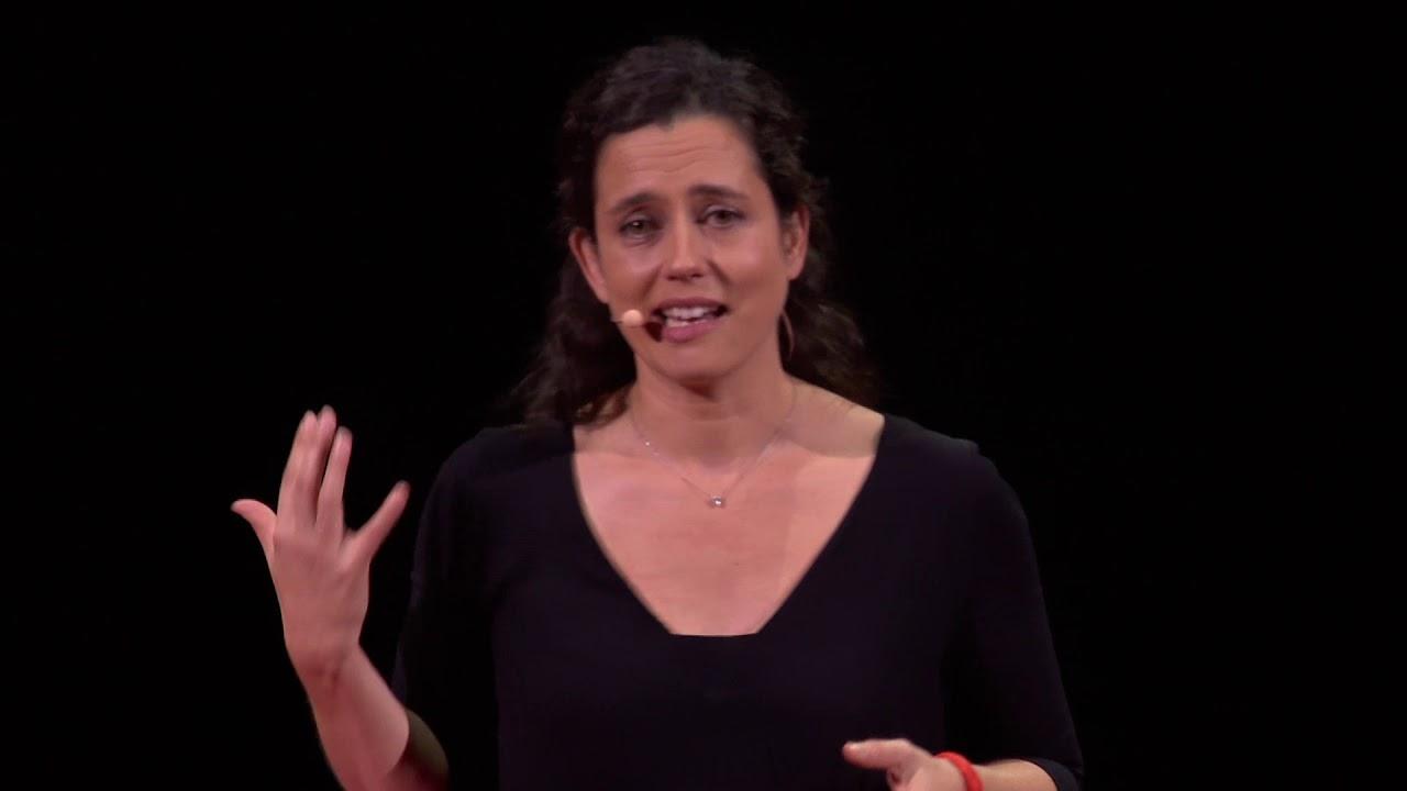 Ouvrir sa porte à l'inconnu. Récit d'une solidarité ordinaire   Julia Montfort   TEDxParis