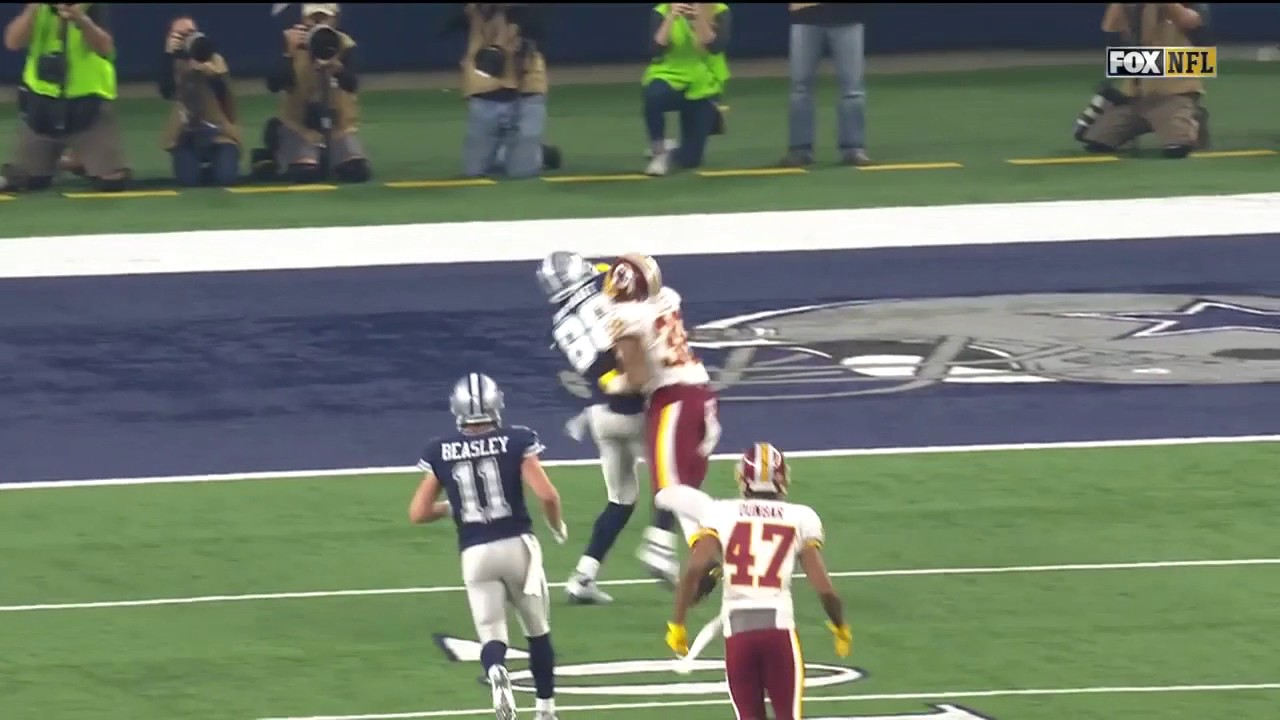 Dak Prescott Hits Dez Bryant For Big Gain Leads To Ezekiel Elliott Td Redskins Vs Cowboys Nfl