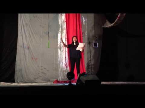 Malam Apresiasi Sastra Teater Ilalang 2016 - Baca Puisi Celin Darayani
