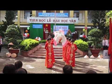 múa Bài ca người giáo viên nhân dân- đoàn thực tập trường ĐH Đồng Nai