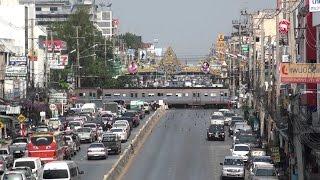 【Royalty Free Material】SRT #71 crossing Phahongyoting at Saraburi