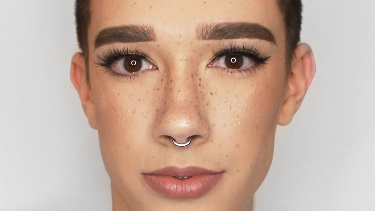 16 Year Old Phenom Makeup Artist James Charles Garners Over 200k Followers