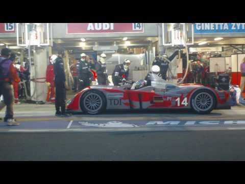 Kolles Audi R10 TDI #14 Pit Stop at 2010 24 Hours of Le Mans