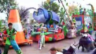 Disneyland DCA Block Party Bash 3rd Zone End CLIP 1 05/08/06