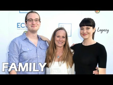Shailene Woodley Famil...