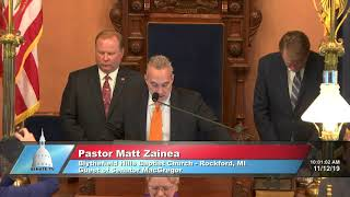 Sen. MacGregor welcomes Pastor Zainea to deliver invocation at Michigan Senate
