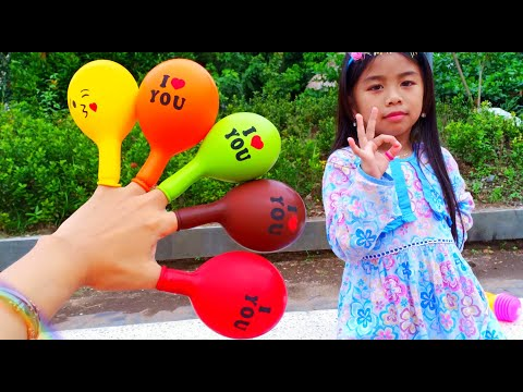 Main Jualan Jualan Masak Masakan Pembelinya Boneka Elsa Frozen 😅 Mainan Anak Perempuan from YouTube · Duration:  7 minutes 44 seconds