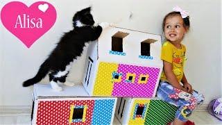 Алиса играет с котятами МЕЙН-КУН Домик для котят Детский канал Little baby Алиса