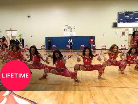 Download Bring It!: Stand Battle: Dancing Dolls vs. Prancing Tigerettes Medium Stand (S2, E12)   Lifetime