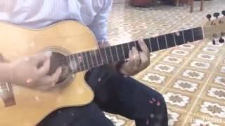 Dạy guitar tôn vinh Chúa hằng hữu