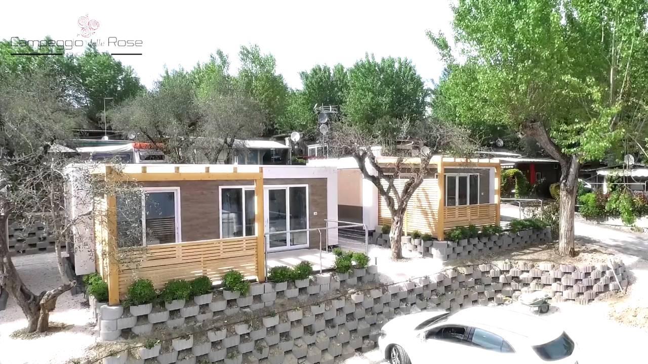 Drone in volo sul lago di garda le case mobili suite for Lago di garda case