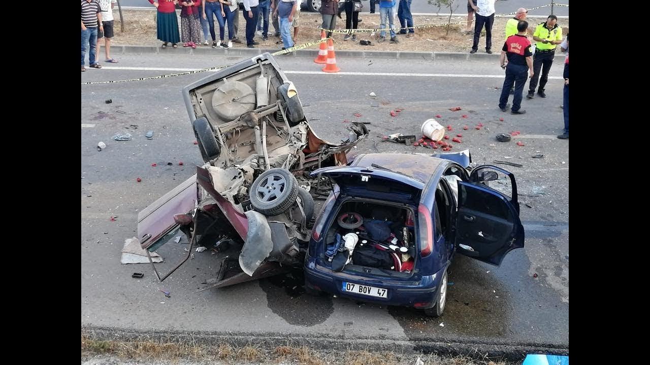 Feci Kaza 2 kişi Öldü 6 kişi yaralandı
