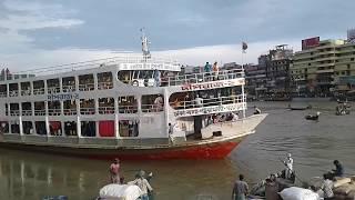 ঢাকার শতবর্ষী নৌ ঘাট শুধু দেখতেই মন চায় !Dhaka Lanch Ghat|| Amazing scenario in Shadarghat.part 02