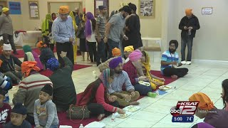 San Antonio police chief visits Sikh Center for community meal