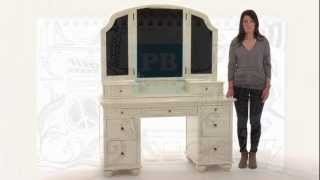 Stylize Your Dressing Area With This Classic Vanity Table Set | Pbteen