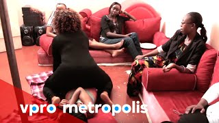 Repeat youtube video How to please your husband in Kenya - vpro Metropolis