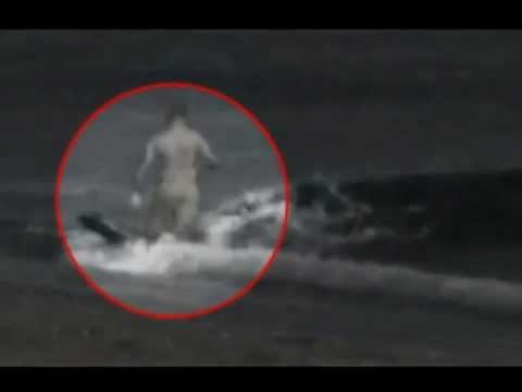 ΑΠΙΣΤΕΥΤΟ - Φάλαινα όρκα τρώει άνθρωπο
