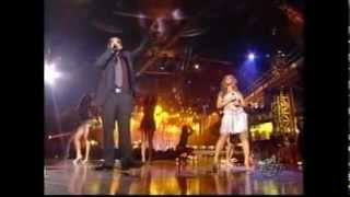 "Beyoncé performs ""Baby Boy feat. Sean Paul"" - Tech Difficulties @EMA 2003"