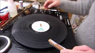 Cleaning Vinyl Records.. with Manship     www.raresoulman.co.uk