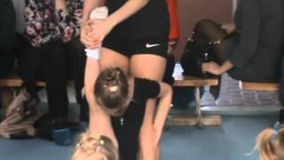 ДЮСШОР №5 по художественной гимнастике.Растяжка.(Открытый урок.Растяжка.Полине 5 лет.Ей нравится)))), 2014-03-04T14:40:20.000Z)