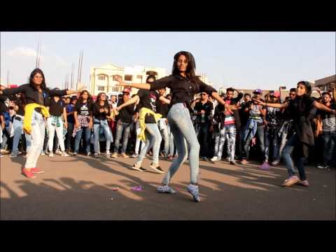 Flashmob 2k17 | TIT Collage  | Bhopal |Titians dance | Techfest