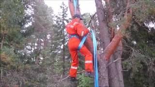 Как спуститься с высоты на веревке?  Южноафриканский способ спуска