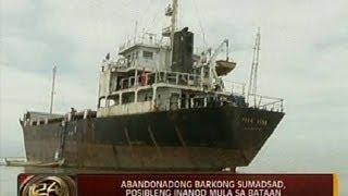 24 Oras: Abandonadong barkong sumadsad, posibleng inanod mula sa Bataan