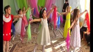 ПЕСНЯ ПОСВЯЩАЕТСЯ МАМАМ!!!Дети поют песню для мамочек!!!Смотреть всем как танцуют дети!!!
