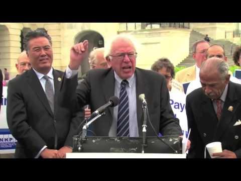 Is Healthcare a Right? (Ron Paul vs Bernie Sanders)