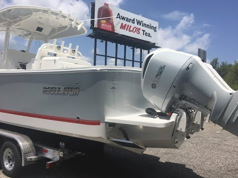 2018 Regulator 31 Offshore Center Console Fishing Boat for S