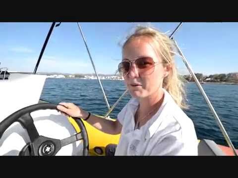 Ibiza Sea Breeze Tutorials (English) - How to use our Yellow Boats.