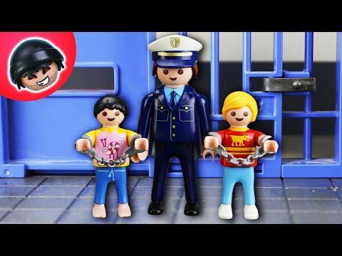 Schüler von der Polizei verhaftet?! Playmobil Polizei Film - KARLCHEN KNACK #135