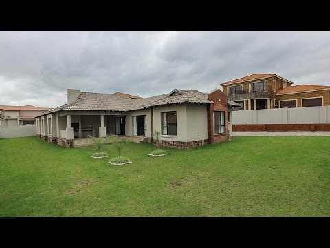 4 Bedroom House for sale in Mpumalanga | Witbank | Bankenveld |