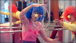 Шоу Гигантских Мыльных пузырей(, 2011-05-05T10:55:12.000Z)
