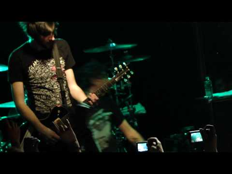 """All Time Low - """"A Party Song (Walk of Shame)"""" - Live Paris Trabendo 16/02/10 HD"""
