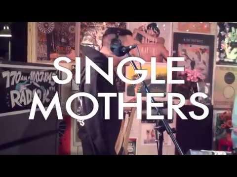 "Single Mothers- ""Overdose"" (Live on Radio K)"