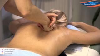 Блондинка с большой грудью жахается в вагину после минета и массажа