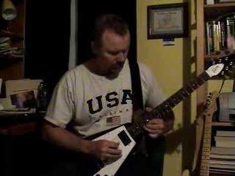 Fender G-DEC Broke Down Blues ( Gibson Flying V)