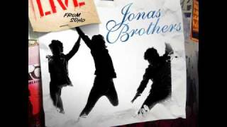 Jonas Brothers - A Little Bit Longer (Live from SoHo) + Download