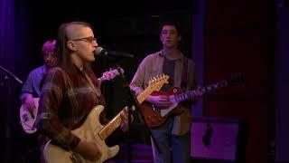 Rea & The Tugboats - Wonderland (Live at The Red Room @ Cafe 939)