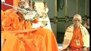 Guru Je God me Sindhi Bhajan By Guruji Sri Narayan Baba.wmv