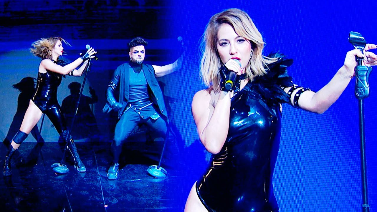 Download Flor Vigna y Facu Mazzei abrieron la noche con un temón de Britney Spears